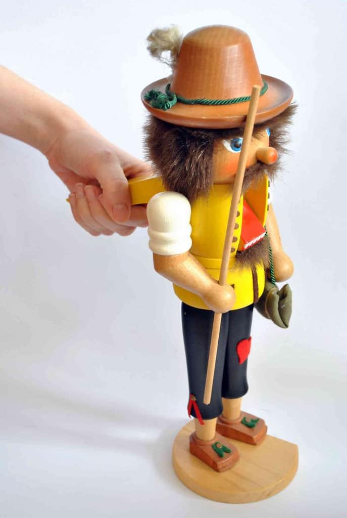 Vintage Nutcracker © fleamarketinsiders.com