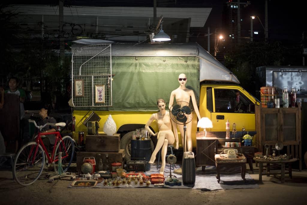 Talad Rot Fai flea market Bangkok - Copyright Lorraine Creaser -002