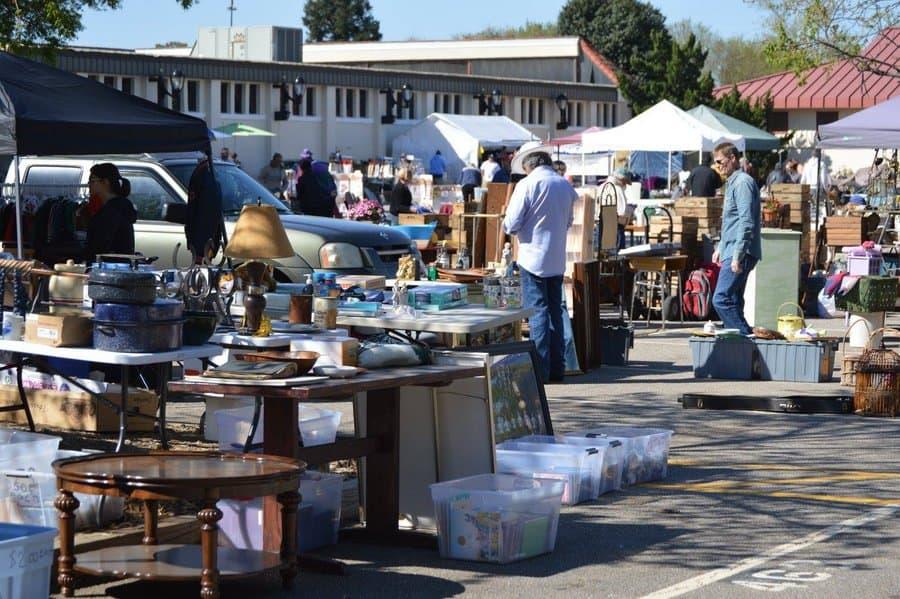 Raleigh Flea Market 013