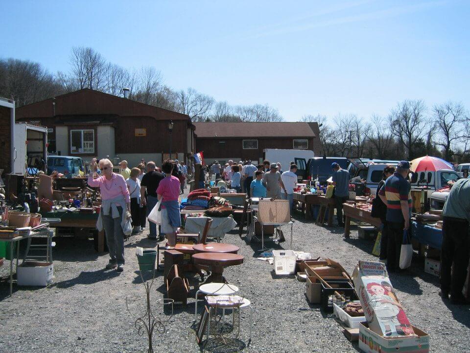Flea Markets in New Jersey photo by Golden Nugget flea market 2