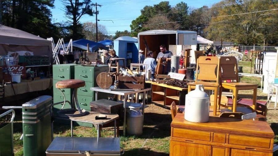Lakewood 400 Antiques Market