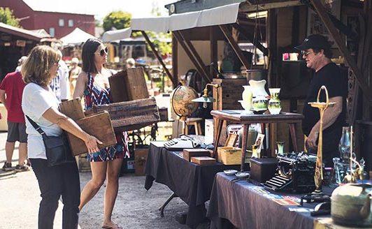 Shopping habits during social distancing © Aberfoyle Antique Market