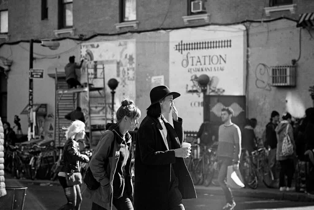 millennials shopping antiques - yun yin wu flickr cc 1