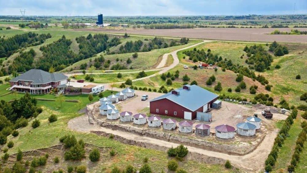 Grain Bin Antique Town Visit Nebraska