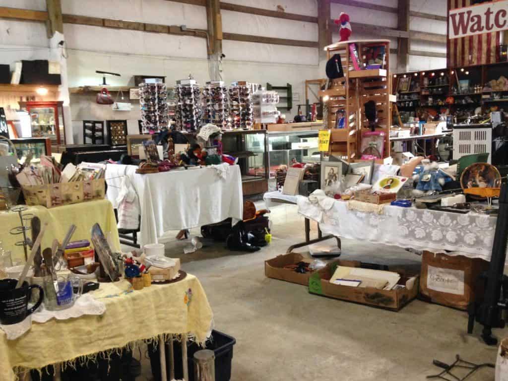 Treasure Harbor Flea Market © Treasure Harbor Flea Market Facebook