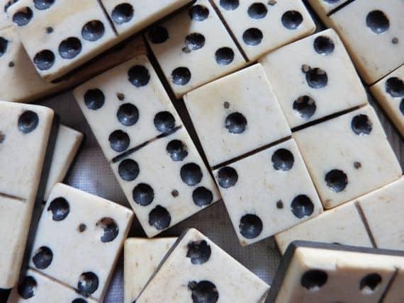 Antique Ivory Domino Tiles