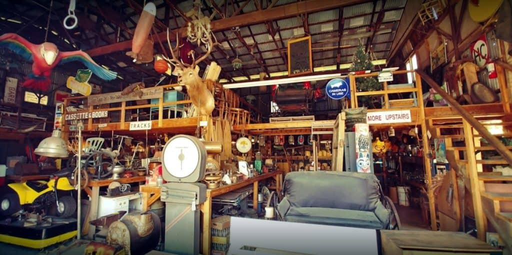 Larry's Antiques - Cottonwood, Arizona