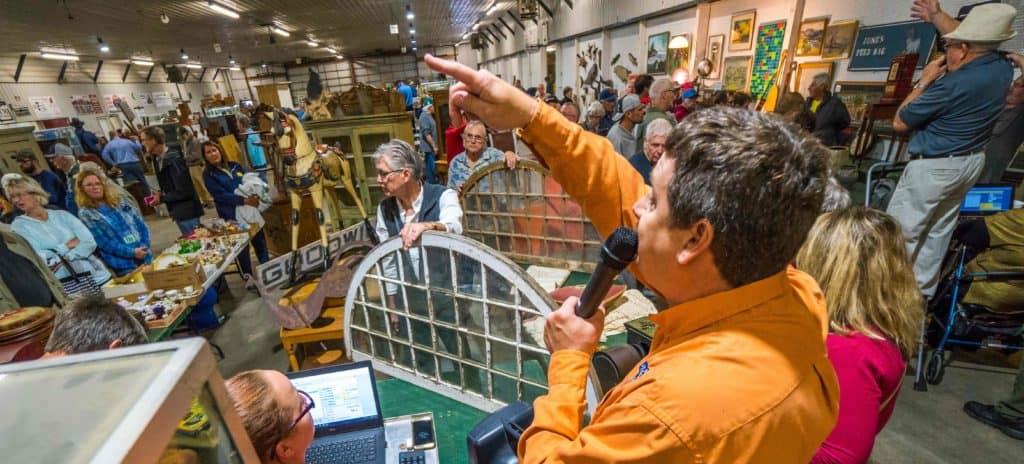Flea Market Vendors Buy Merchandise At Auction © Shipshewana Antique Auction